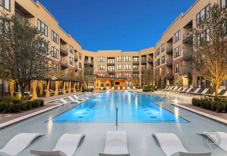 1 month FREE!! | Frisco Apartments Specials